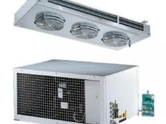 RIVACOLD STL009Z011 Οροφής Διαιρούμενα Ψυκτικά Μηχανήματα Κατάψυξης με Αεροψυκτήρα Πλαφονιέρα (1,5HP - 230Volt) Για Ψυκτικό Θάλαμο 7,5κυβικά